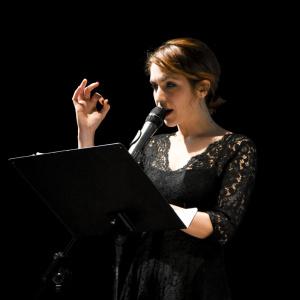 Isabella Ragonese legge Clara Sanchez - ph. Alessandra Lanza