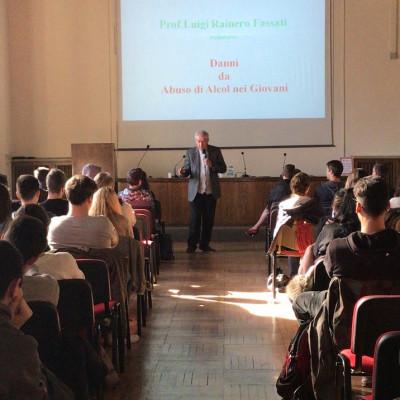 Il professor Luigi Rainero Fassati per il progetto Mal d'alcol (Salani, presso il Museo di Storia Naturale)